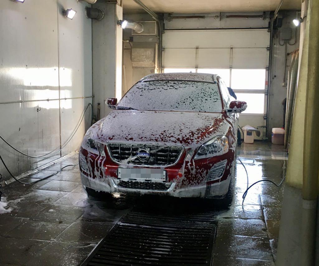 мойка автомобиля Volvo
