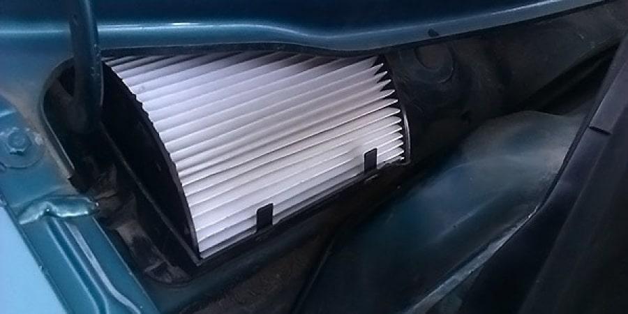 Замена фильтра салона авто