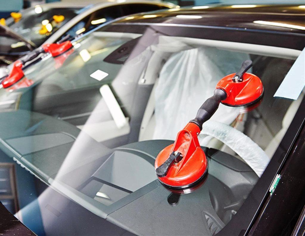 Замена лобового стекла в авто