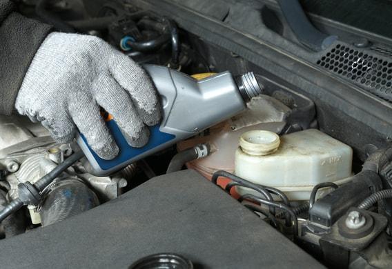 Замена жидкости ГУР в машине